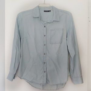 Apt. 9 Light Blue Long Sleeve Chambray Button Down